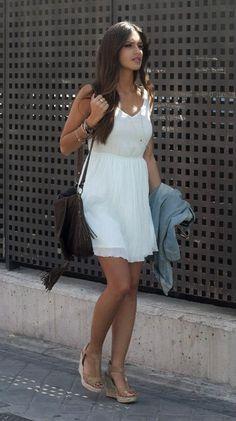 I want white summer dress!! I'm gonna style it like this