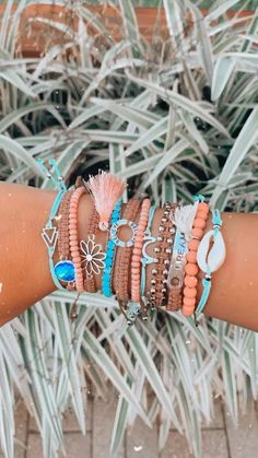 Mom Jewelry, Summer Jewelry, Cute Jewelry, Beaded Jewelry, Jewellery, Jewelry Making, Beach Bracelets, Summer Bracelets, Ankle Bracelets