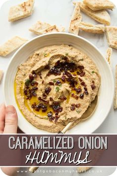 Caramelized Onion Hummus - - Caramelized Onion Hummus Food There's so many different variations of Hummus, but Caramelized Onion Hummus truly is the god among them. Better still, it couldn't be easier to make! Tapas, Whole Food Recipes, Cooking Recipes, Dinner Recipes, Vegetarian Recipes, Healthy Recipes, Recipes With Hummus, Hummus Flavors, Potato Recipes