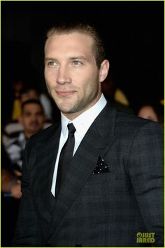 Jai Courtney - So sexy!