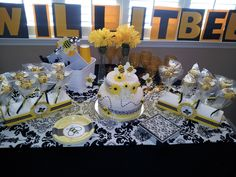 """""""What will it Bee?"""" themed baby shower."""