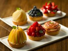 Pin by on pie Individual Desserts, Small Desserts, Fancy Desserts, Sweet Desserts, Just Desserts, Sweet Recipes, Delicious Desserts, Dessert Recipes, Yummy Food