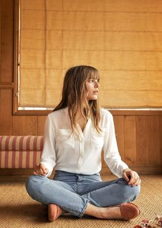 white shirt w/ jeans & blush loafers | sezane