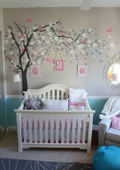 Modern and beautiful baby room decoration! beautiful wall design in the baby room The post Modern and beautiful baby room decoration! appeared first on baby room ideas. Baby Room Diy, Baby Nursery Themes, Baby Bedroom, Baby Boy Rooms, Little Girl Rooms, Baby Room Decor, Baby Boy Nurseries, Nursery Room, Girls Bedroom
