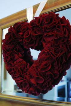 wreath idea for valentines day. :)