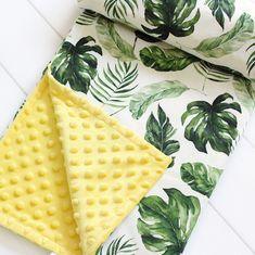 Summer is coming 🌞🍃 Baby Nursery Themes, Nursery Ideas, Baby Shower Themes Neutral, Hawaiian Baby, Tropical Nursery, Girl Diaper Bag, Boy Blankets, Baby Wedding, Minky Baby Blanket