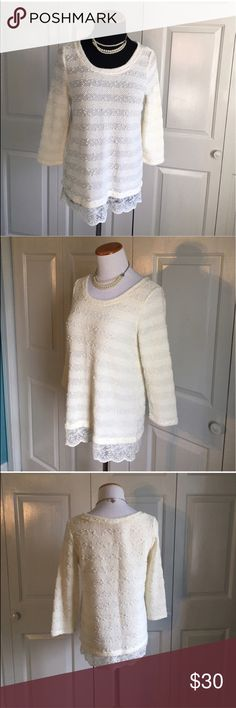 LOFT Lace Hem Lightweight Sweater Lightweight cream / white lightweight sweater with beautiful delicate white Lace Hem. In absolute perfect condition, NWOT. LOFT Sweaters