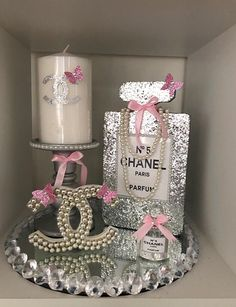 These wooden cut outs (CC and perfume bottle) are from an AMAZING seller on Etsy (link below). I cannot say enough how fantastic Simon is to deal with! Chanel Room, Chanel Wall Art, Chanel Decor, Chanel Birthday Party, Chanel Party, Birthday Parties, Chanel Baby Shower, Glamour Decor, Parfum Chanel