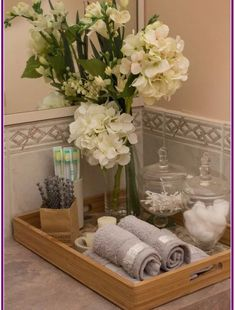 40 Beautiful Bathroom Vanity Tray Decor Ideas Your tray is nearly finished. If it comes to locating the correct size tray there are lots of choices. Both kept neat, organized trays in addition to their furniture where they lined up… Continue Reading → Bathroom Countertop Storage, Bathroom Vanity Tray, Wood Bathroom, Master Bathroom, Bathroom Counter Decor, Bathroom Organization, Organization Ideas, Bathroom Staging, Storage Ideas