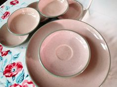 Harkerware Stone ware Shell Pink dinnerware, dinner 6 dinner plates, 5 berry bowls, 2 saucers by MyRetroRecollections on Etsy
