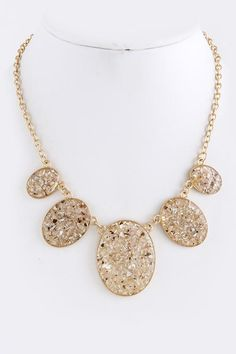Mother of Pearl Bia Necklace in Ivory on Emma Stine Limited . GORGEOUS!  LOVE THIS