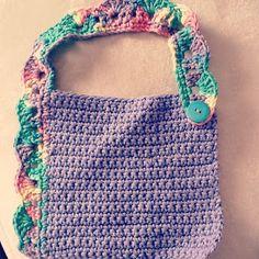 Aurora Blythe: Crochet - Baby bib free pattern