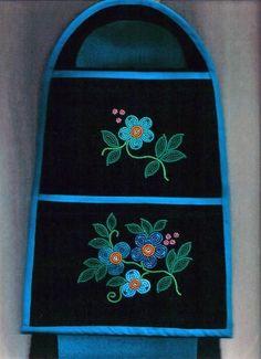 Native Beading Patterns, Beadwork Designs, Seed Bead Patterns, Indian Beadwork, Native Beadwork, Native American Beadwork, Nativity Crafts, Artist Profile, Beading Projects