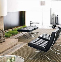 Ludwig Mies van der Rohe, arquitecto y diseñador industrial alemán, es el creador de la butaca o silla Barcelona, modelo MR90, una obra clásica del diseño d