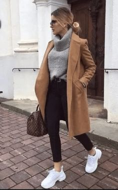 20 Cool Winter Outfits for Street Style #womenoutfits #womenwinteroutfits