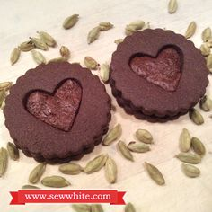Sew White cardamom chocolate biscuits 5