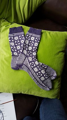 Ravelry: luvbeardies' Sanquhar Socks