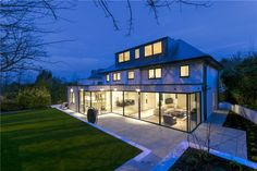 Stunning, contemporary detached 5 bedroom house near Richmond Park for sale