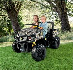.@JohnDeere Gator XUV Camouflage in #RealtreeXtra http://www.realtree.com/camo-products/john-deere-gator-xuv-camouflage-in-realtree-xtra … Perfect outdoor fun for the little ones!