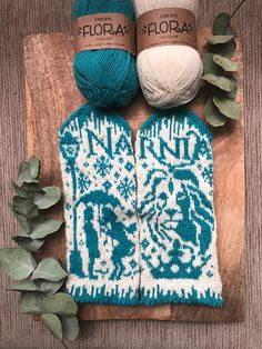 Narnia Ravelry: Narnia pattern by Lotta Lundin Always wanted to discover how to knit, nonetheless uncertain the place to start? Knitted Mittens Pattern, Knit Mittens, Knitted Gloves, Knitting Patterns, Crochet Patterns, Narnia, Fair Isle Pattern, Fair Isle Knitting, Christmas Mood