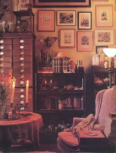We already choose The Best Bohemian Style Interior Design Ideas for Your Perfect Summer. And you can check it on our current issues. Be bold, your residence is full of interior design ideas. Maximalist Interior, My New Room, Cozy House, Room Inspiration, Sweet Home, Room Decor, Decoration, Interior Design, Cosy Interior