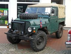1975 Land Rover Series III 88 Lightweight. If/when I restore an old Rover, one of these would a dream.