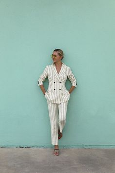 Blair talks femme fall suiting - her favorite suiting brands and how to break up seperates through color, pattern mixing, and clashing details! Atlantic Pacific, Day To Night Outfits, Boy Meets Girl, Fashion Sites, Women's Fashion, Going Out Outfits, Trends, Fall Sweaters, Pattern Mixing