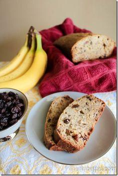 Old German Banana Bread ~  Recipe @: http://www.erinbettis.com/2013/09/old-german-banana-bread-recipe.html
