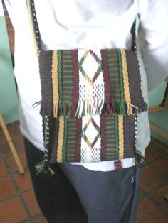 Inkle Weaving, Inkle Loom, Plaid Scarf, Couture, Textiles, Tapestry, Purses, Pattern, Crafts