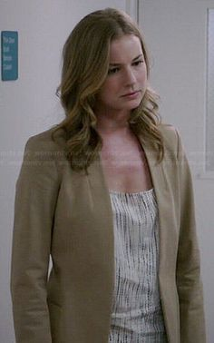 Emily's tie dyed top and beige blazer on Revenge Where To Buy Clothes, Revenge Fashion, Emily Gray, Sharon Carter, Ombre Sweater, Emily Vancamp, Beige Blazer, Plaid Jacket, Other Outfits