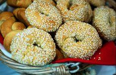 Greek Cookies, Greek Pastries, Vegan Baking, Greek Recipes, Bagel, Good Food, Cooking Recipes, Bread, Desserts