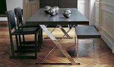 Tables: MAX – Collection: Maxalto – Design: Antonio Citterio
