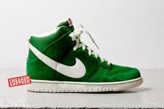 NIKE DUNK HI (FORTRESS GREEN) - Sneaker Freaker