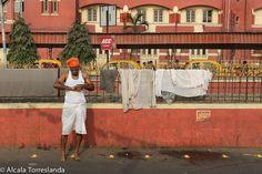 Gulmahar Railway Quarters in Kolkata #India #people #travel #streetphotography #1001people #all_mypeople #bnw_magazine #color #digers_venezuela #everydayeverywhere #eyeem #great_captures_people #great_portraits #insta_anadolu #ic_thestreets #igworldclub #ig_street #people_and_world #peoplescreative #peoplelikeus #photoinstagram #photooftheday #photo_storee #phototag_it #re_tratos #street_photo_club #streetlife_award #streetportrait #snapso