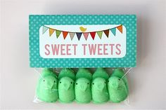 Sweet Tweets bag topper printable. Many more free printables on this site.