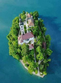 Lake Bled, Julian Alps of the Upper Carniolan region of northwestern Slovenia Beautiful Architecture, Beautiful Landscapes, Unique House Design, Mysterious Places, Island Life, Landscape Photos, Aerial View, Vacation Trips, Cool Places To Visit