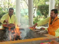 Divine Yagya -A Powerful Pooja for Resolving all Your Problem