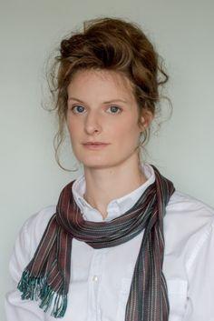 Anna wears Evelyn Waugh Stripe 'Rust' (Regular)