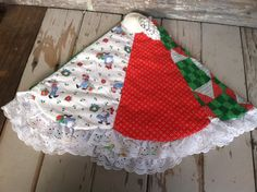 Kitschy Retro Reversible Christmas Tree Skirt by happydayantiques