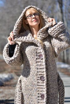 ORDER handmade wool cardigan hand knitted cardigan chunky wool jacket long cardigan hooded cardigan wool coat with belt and loops Dukyana Mohair Sweater, Sweater Coats, Wool Cardigan, Wool Sweaters, Cardigan Long, Hooded Cardigan, Hooded Jacket, Pull Mohair, Cardigan En Maille