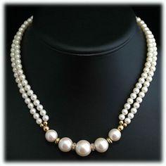 Inspiring Jewelry organizer homemade,Dainty jewelry brands and Boho jewelry style. Silver Jewelry Cleaner, Silver Jewelry Box, Dainty Jewelry, Pearl Jewelry, Boho Jewelry, Beaded Jewelry, Jewelry Design, Fashion Jewelry, Silver Ring