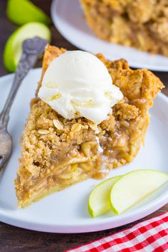 YUM!!! Brown Butter Oatmeal Crumb Apple Pie! Everyone will beg you for this recipe.