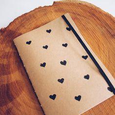 sketchbook   caderno feito à mão   by @gavetamix   http://www.youtube.com/gavetamix