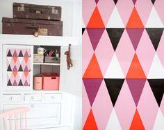 Bilderesultat for stoff harlekin mønster Home Office, Interior, Pink, Inspiration, Home Decor, Art, Deco, Biblical Inspiration, Decoration Home