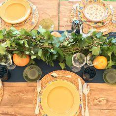 Que no se pierda la costumbre de poner la mesa bonita. 🌻  #AlmaSalada #NoSoloBodas #LosEventosDeAlmaSalada #Deco