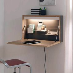 9 Desk Ideas Perfect for Small Spaces- 9 Desk Ideas Perfect for Small Spaces Super Creative floating desk height just on homesable home design - Space Saving Desk, Space Saving Furniture, Diy Furniture, Furniture Design, Folding Furniture, Desk Space, Furniture Stores, Small Room Furniture, Space Saving Ideas For Home