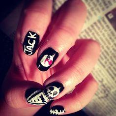 fingernails women