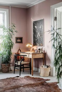 my scandinavian home: An eclectic Copenhagen apartment with attitude - beautiful plaster pink walls Home Office Design, Home Office Decor, Home Design, Design Ideas, Design Trends, Office Furniture, Furniture Ideas, Modern Design, Office Designs