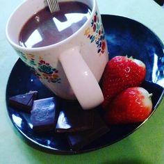Mniam mniam... Strawberry, milk chocolatte and blach chocolatte...