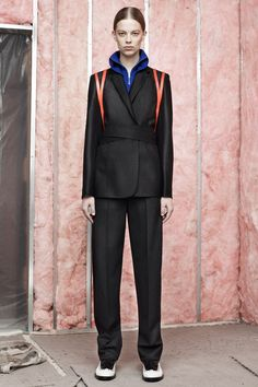 The perfect suit of armor to walk in NYC. Masculine negation. Feminine wrap.  Alexander Wang | Pre-Fall 2014 Collection | Style.com